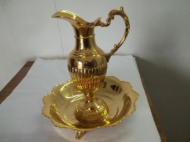 Banho de ouro em peças
