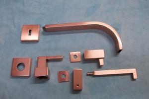 Banho de cobre em metais