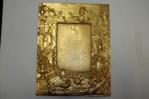 Banho de ouro em metais